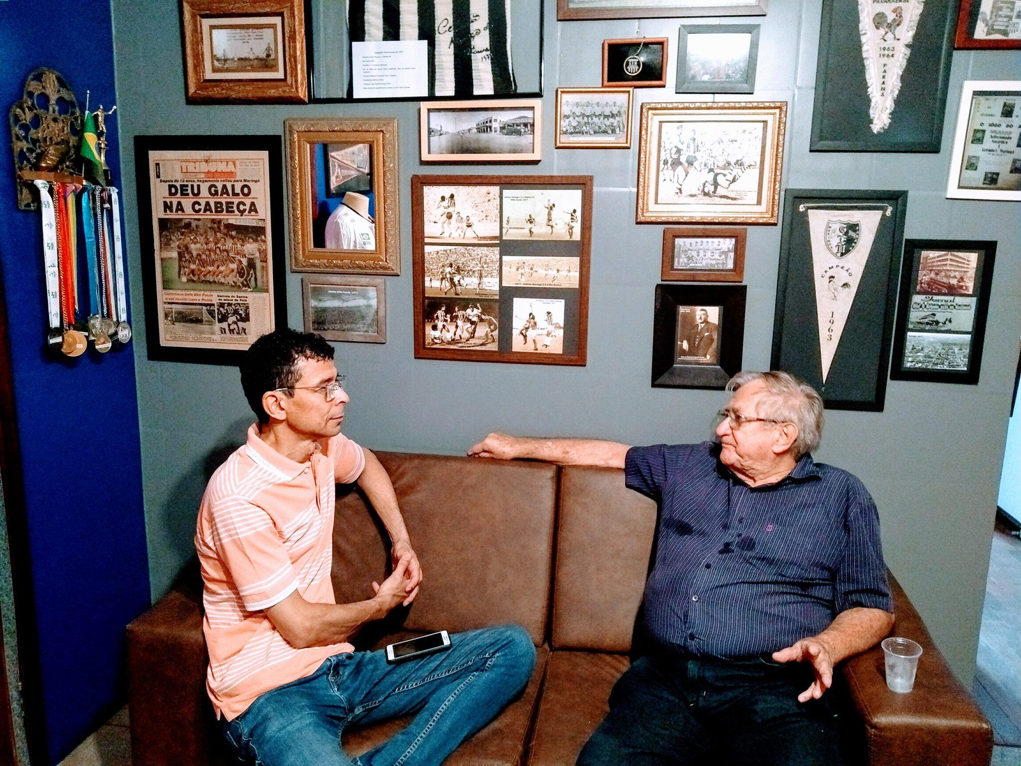Pioneiro João Preis visita o MEM na companhia do jornalista Dirceu Herrero Gomes
